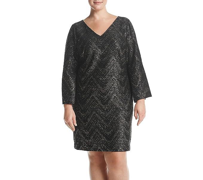 adc526cde63de Jessica Howard Plus Size Bell Sleeve V Neck Shift Dress at Amazon ...
