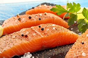 22 X 6 Oz. (6.75 Lb) Premium Fresh Atlantic Salmon Fillets, Skinless, Individually Vacuum Packed, Ready to Cook.