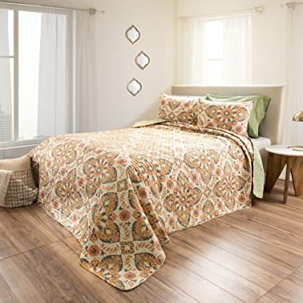 . Amazon com  3 Piece Earthy Floral Medallion Design Quilt Set King