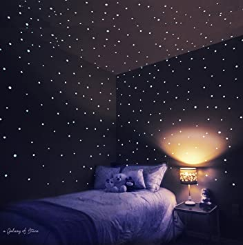 Amazon com glow in the dark stars stickers easy peel stick with up to 10 hours of glow time 252 glow in the dark dots so that you can create your own