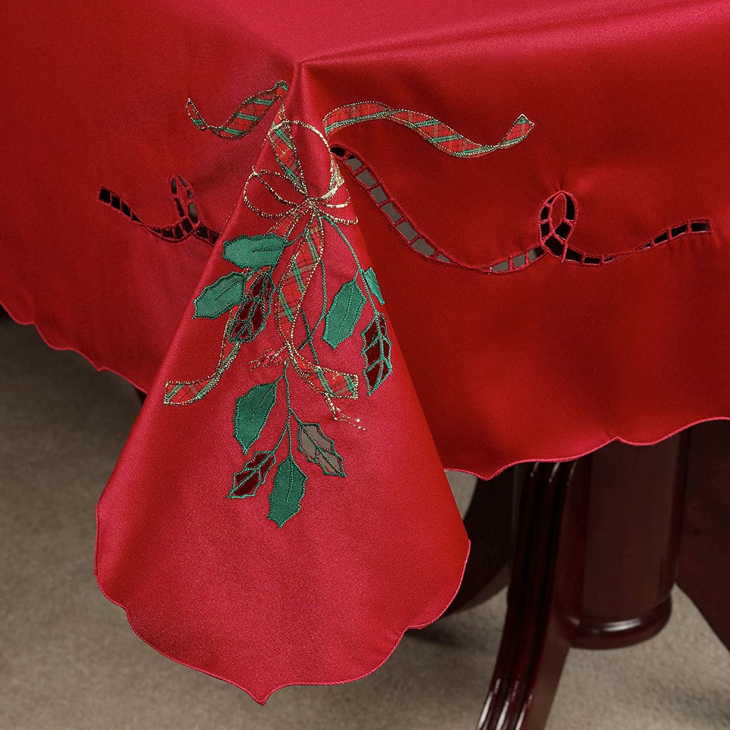 60 X 140 Oblong Red Lenox Cutwork Holiday Nouveau Christmas Tablecloth By Bardwill
