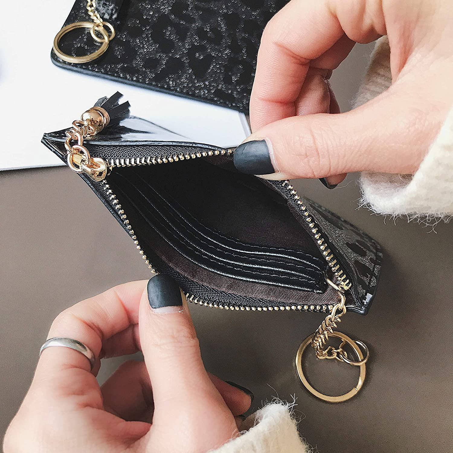 Black AnnabelZ Coin Purse Change Wallet Pouch Bling Card Holder with Key Chain Zip