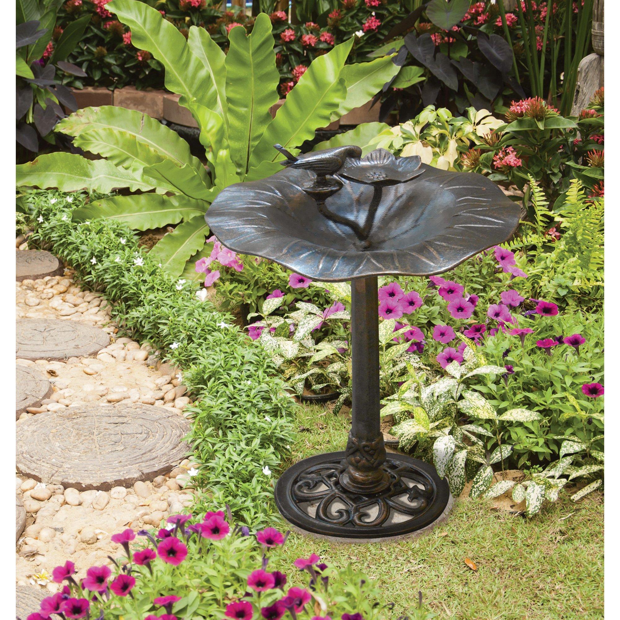 Bird-on-Lily-Pad Garden Bird Bath