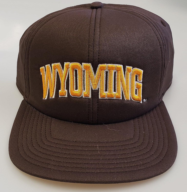 ワイオミング州の新しい大学NCAA刺繍スナップバックキャップ B07CWGLTR6