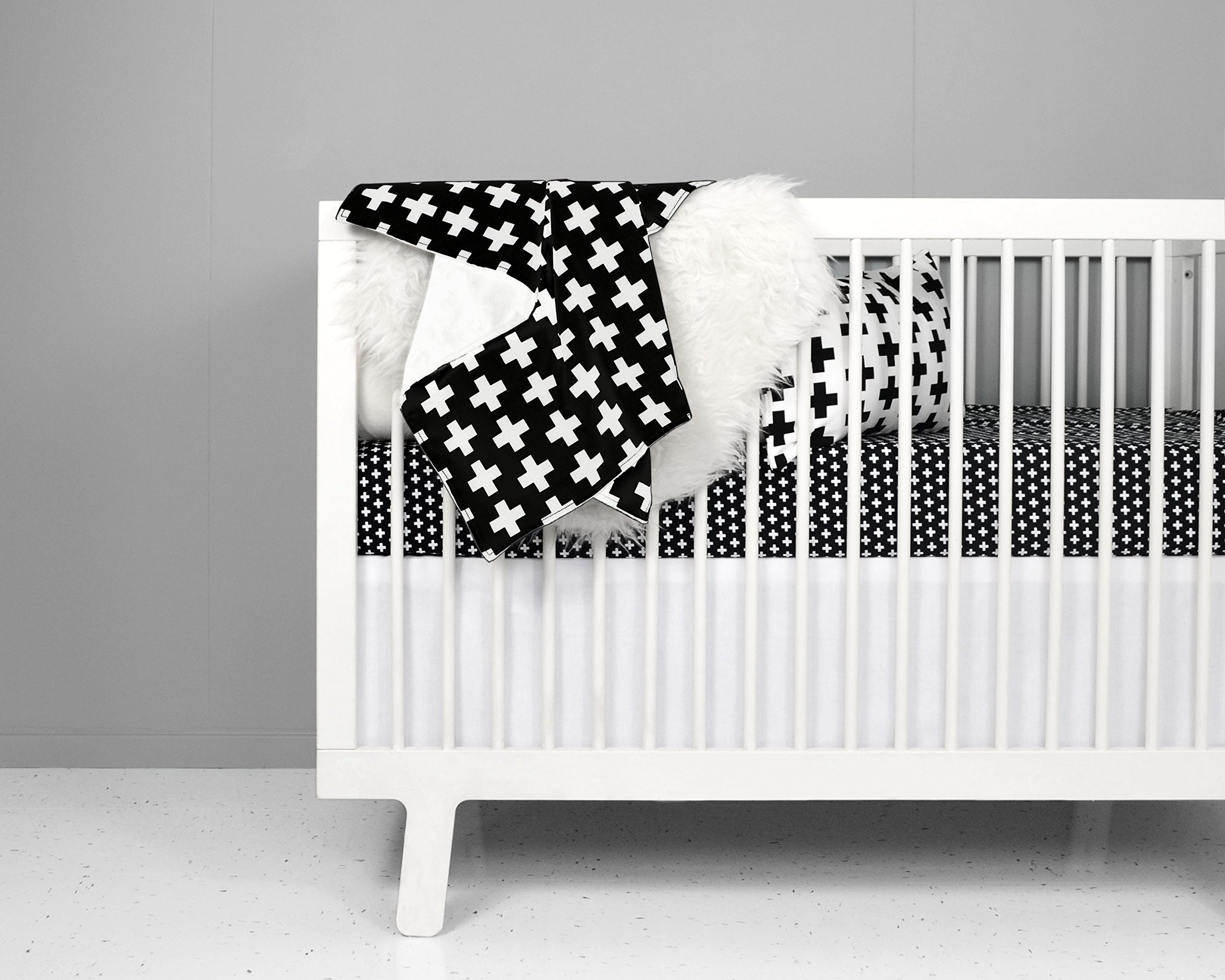 Crib Bedding Set - Nordic Cross design in Black and White