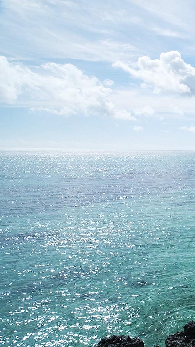 沖縄 宮古島の海 iPhone SE/8/7/6s(750×1334)壁紙画像
