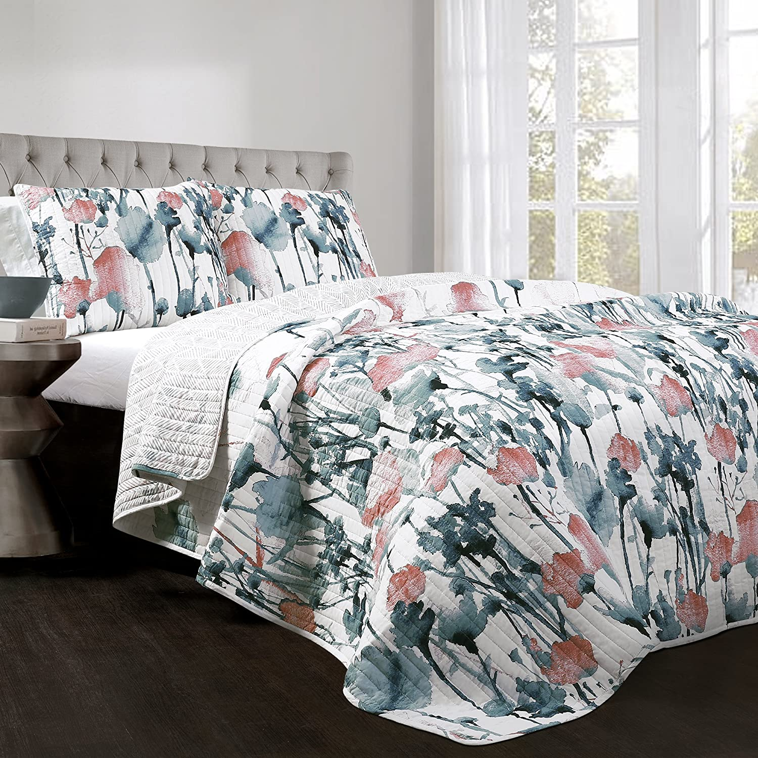 Lush Decor Zuri Flora Quilt-Colorful Painted Flower Design Reversible 3 Piece Bedding Set-King-Blue and Coral, Blue & Coral