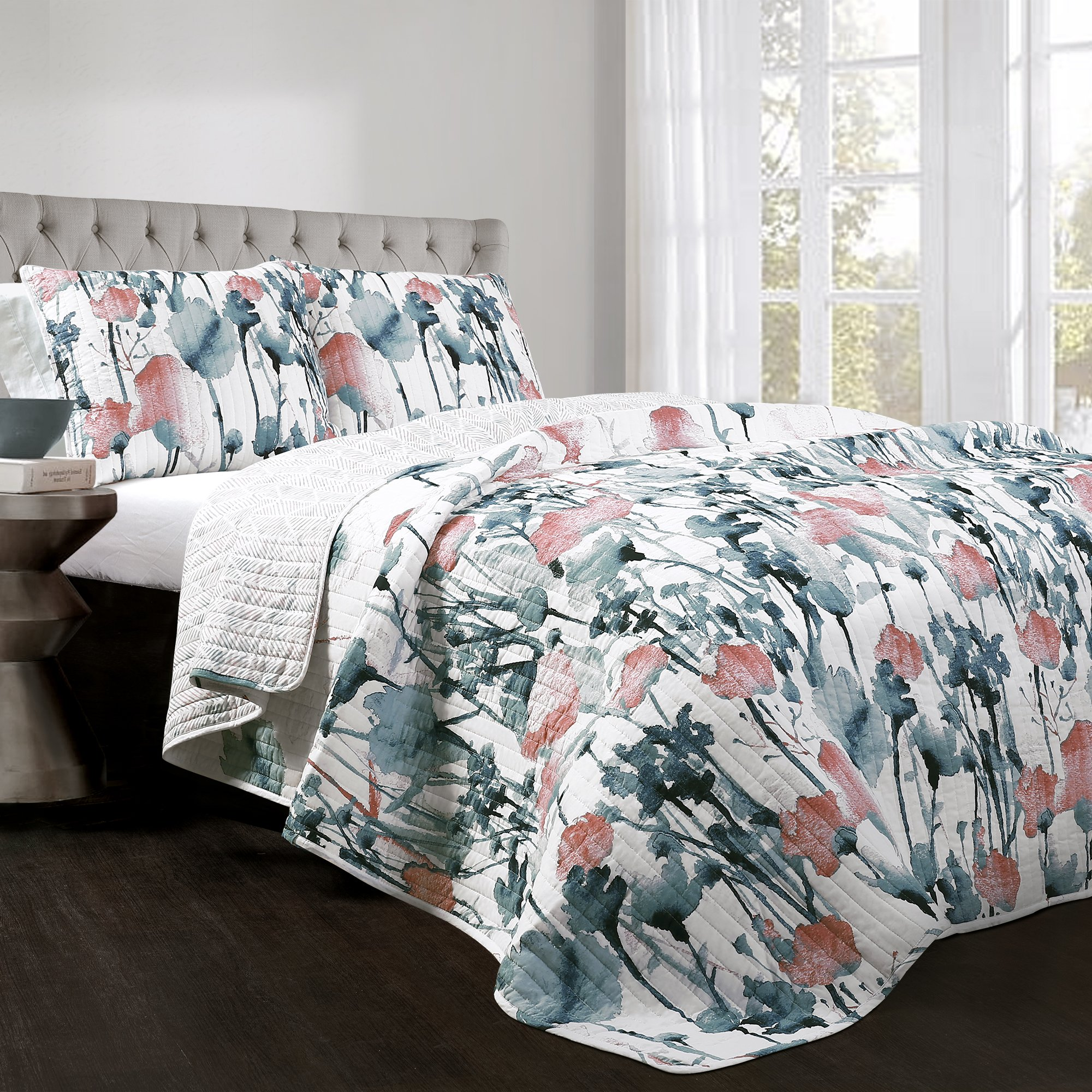 Lush Decor Zuri Flora 3 Piece Quilt Set, Full/Queen, Blue and Coral