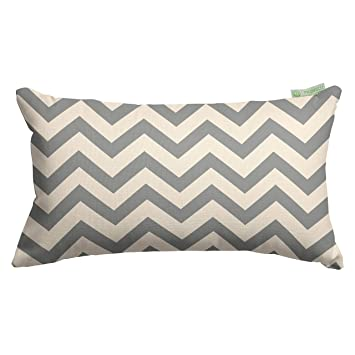 Amazon.com: Majestic Home goods Chevron almohada pequeña, 20 ...