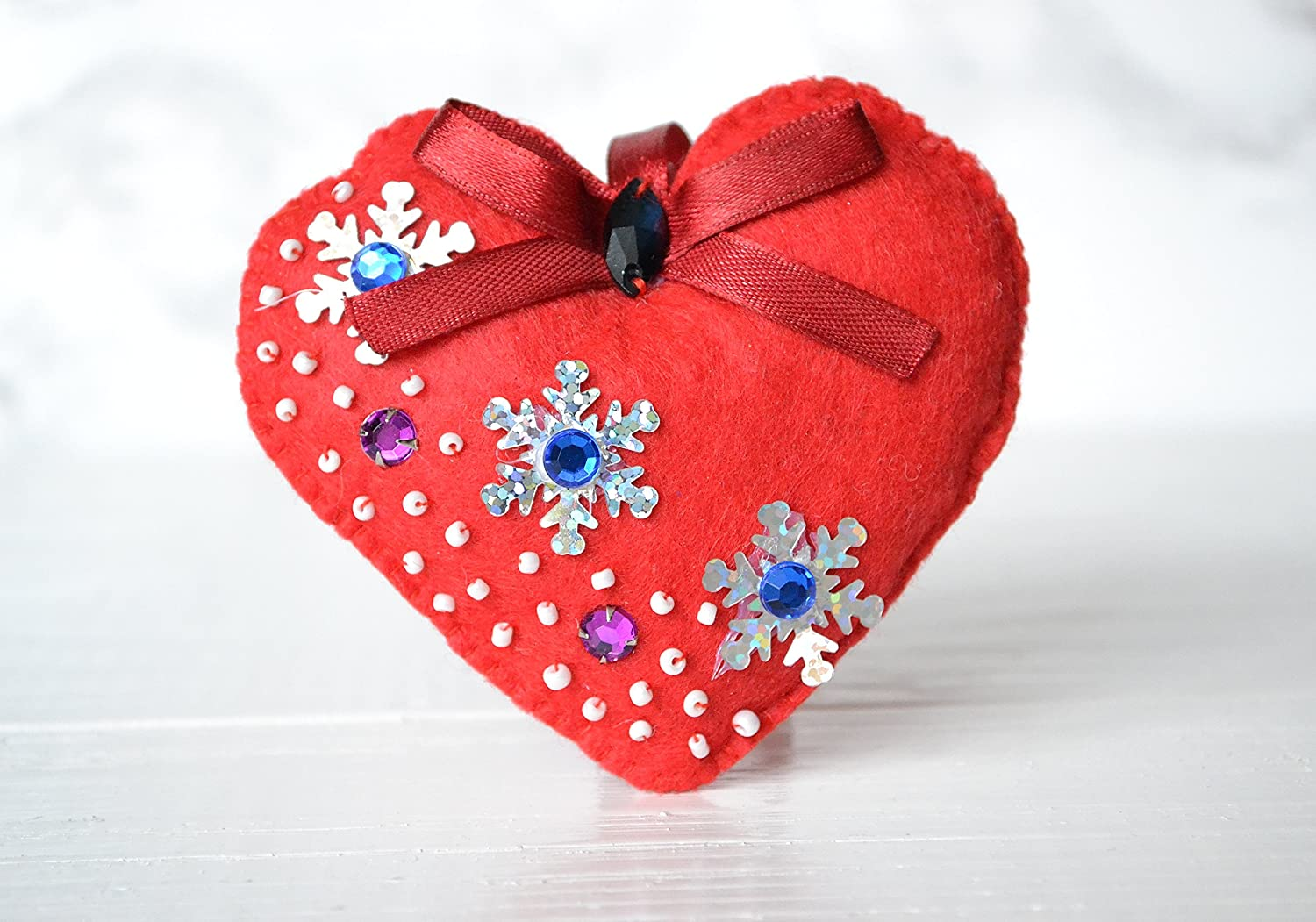 Amazon Com Valentines Day Gift Felt Heart Gifts For Girl Bridesmaid Gifts Valentines Day Gift Ideas Toys Cool Unique Gift Creative Gifts Handmade