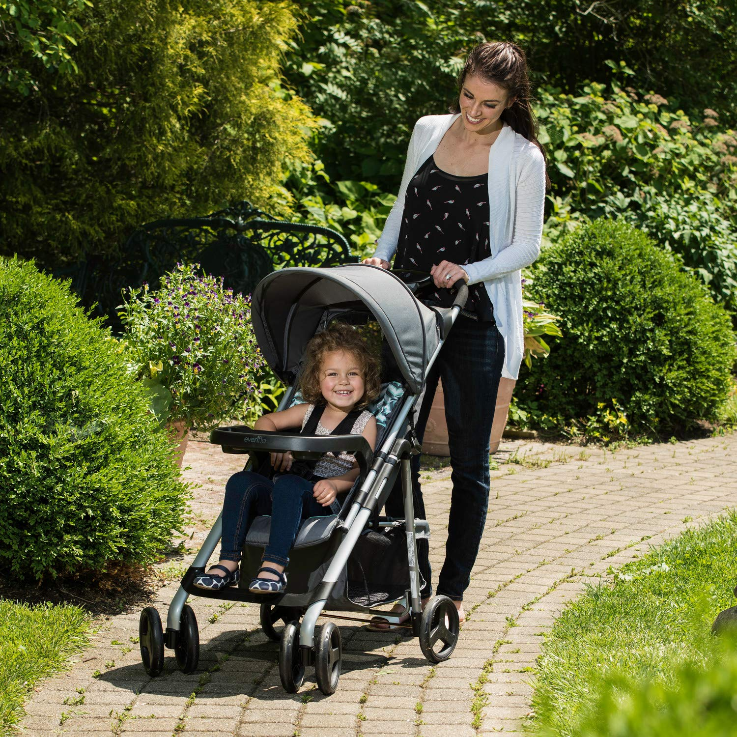 Evenflo Vive Travel System with Embrace Infant Car Seat, Spearmint Spree by Evenflo (Image #14)