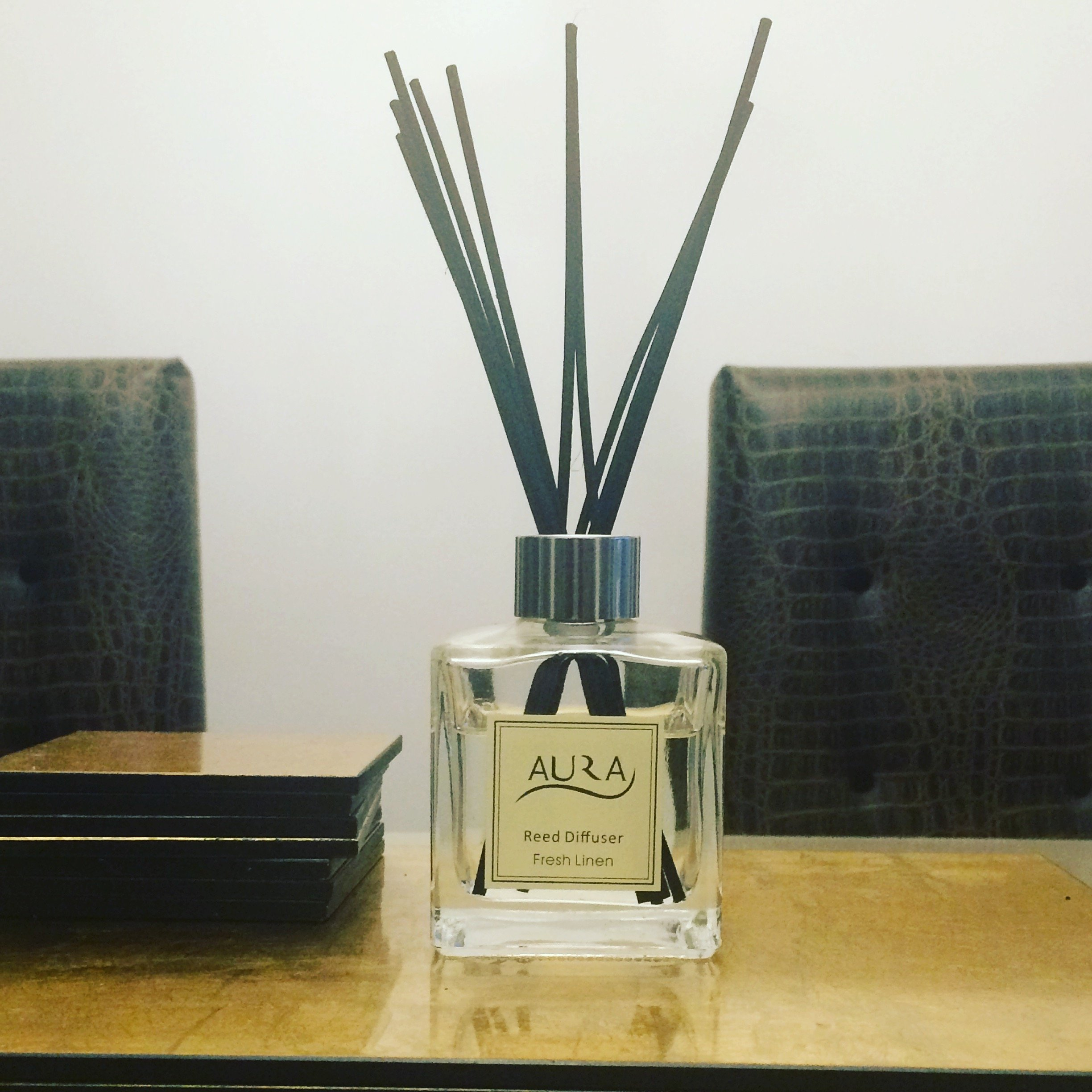 Luxury Reed Diffuser with 10 Reed Sticks, 120ml, Fresh Linen by Aura (Image #2)
