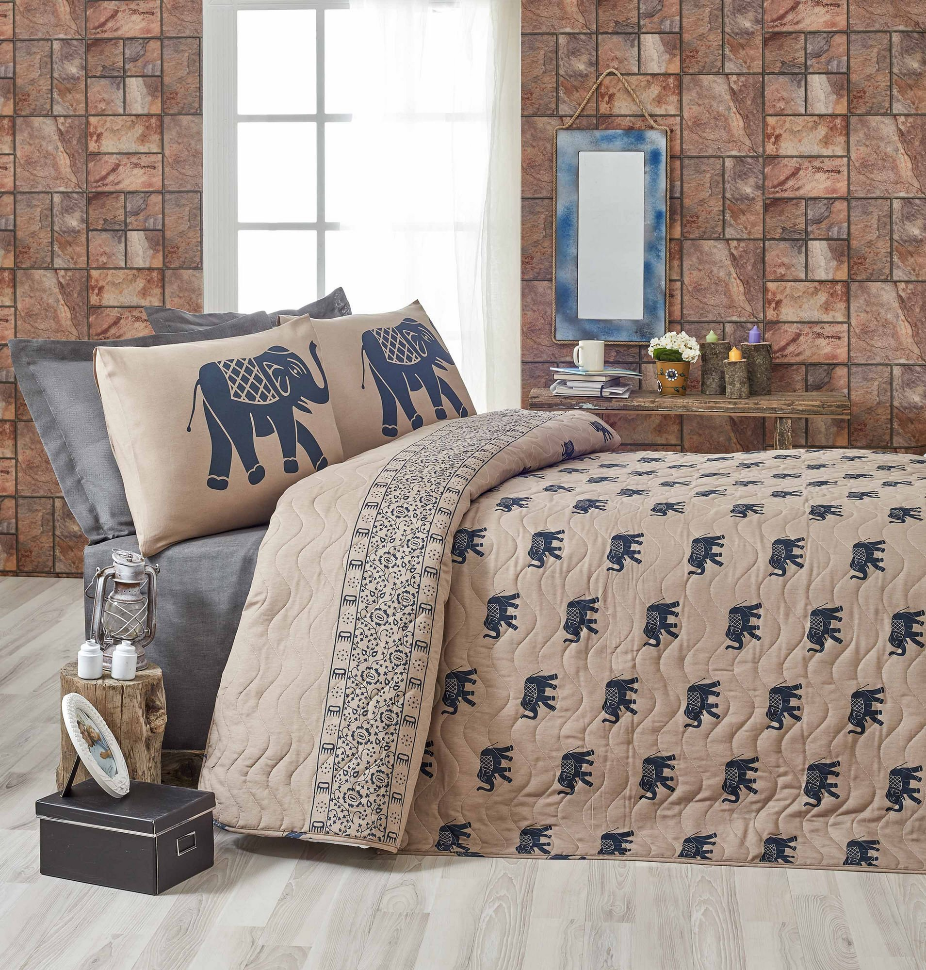 LaModaHome Big Animals Bedding Set, 65% Cotton 35% Polyester - Saddle on Elephants Back - Set of 3-100% Fiber Filling Coverlet and 2 Pillowcases for Twin Bed