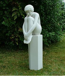 Naked women garden statues join