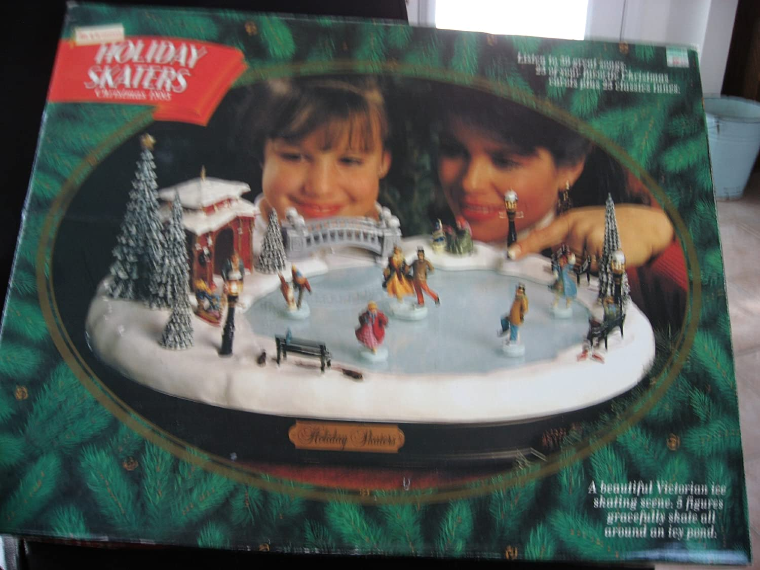 amazoncom mr christmas holiday skaters ice skating rink home kitchen