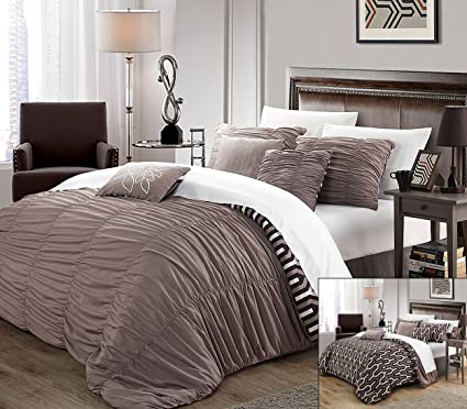 Perfect Home 7 Piece Leslie Pleated Contemporary