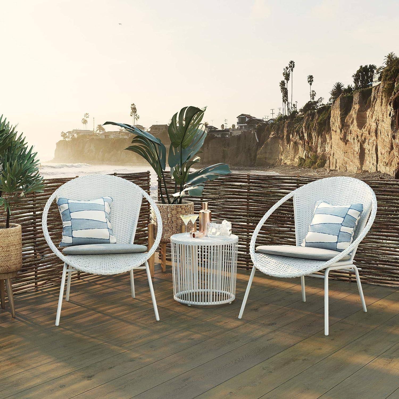 Amazon Com Cosmoliving By Cosmopolitan 88261whg1e Sia 3 Piece Patio Bistro Set White Garden Outdoor
