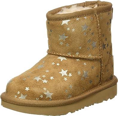 UGG Unisex-Child Classic Mini Ii Stars Fashion Boot