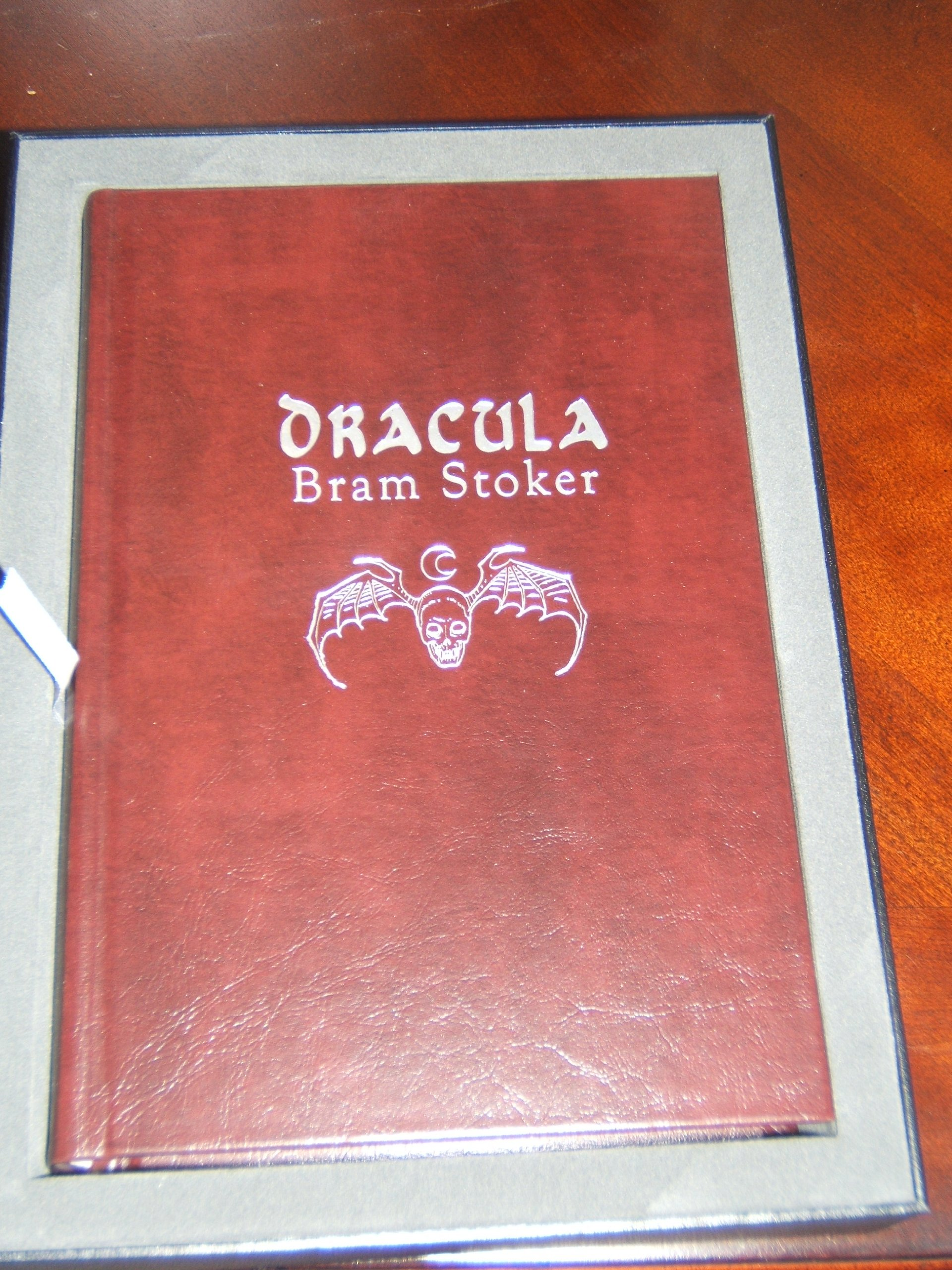 Dracula SIGNED LIMITED Definitive Classics