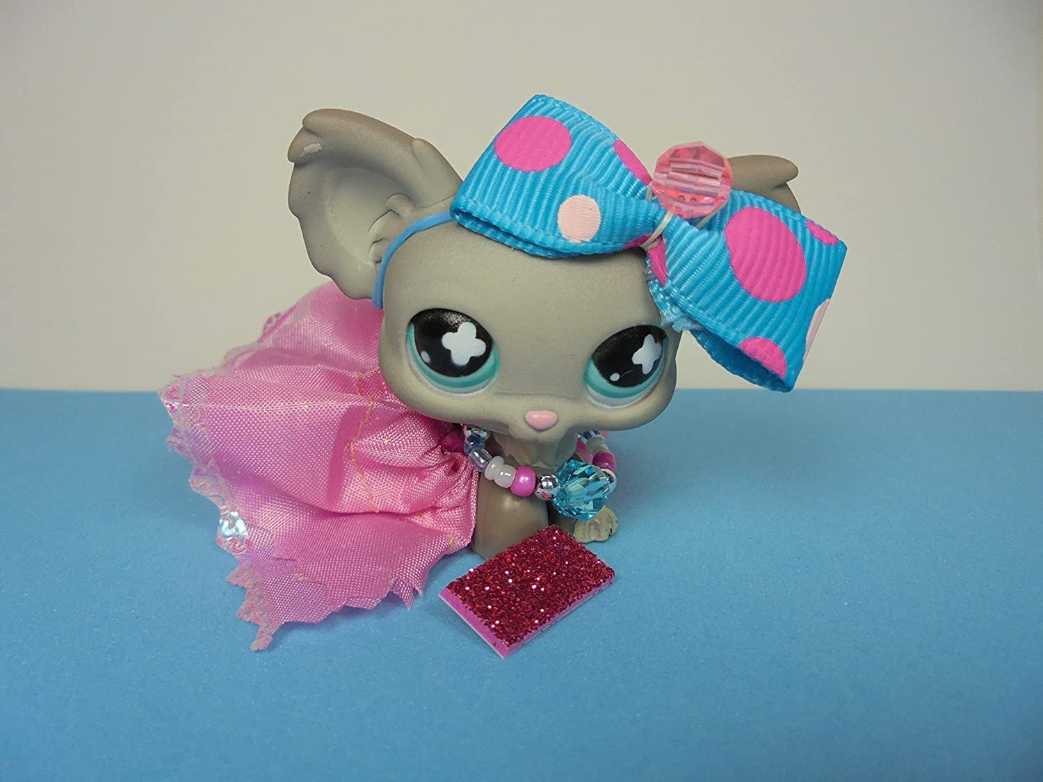 LPS Accessories Clothes Littlest Pet Shop Lot 4 PC GRAB BAG Random Custom Bow Skirt Necklace/Collar Phone NO PET INCLUDED