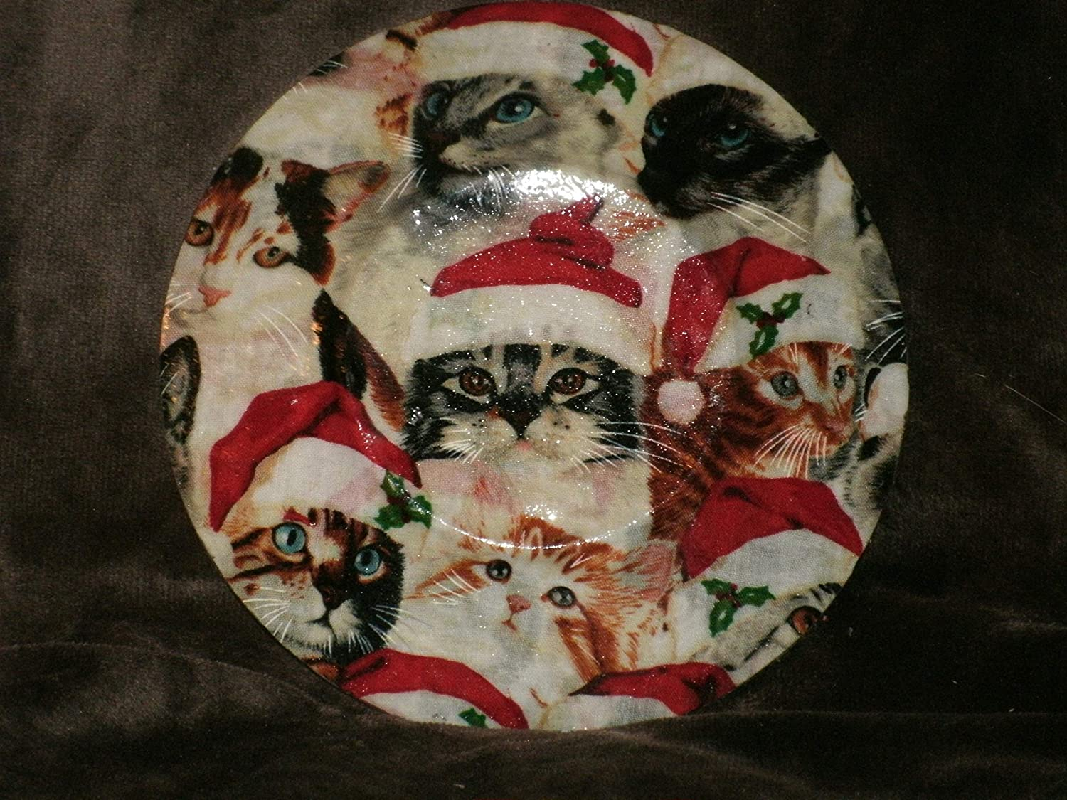 The Unique Gift Boutique Christmas Cats Fabric-backed glass plate