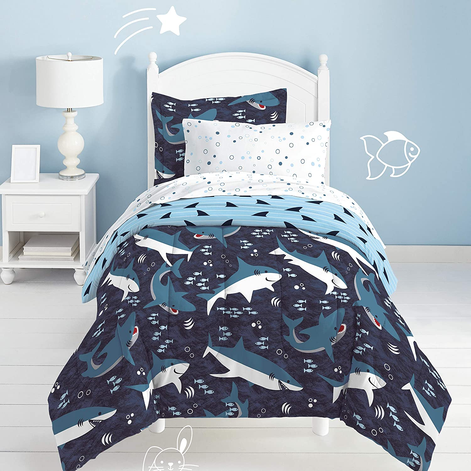 dream FACTORY Sharks Ultra Soft Microfiber Comforter Set Twin, Blue