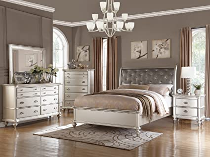 Amazon.com: Traditional Formal Look Silver Magical Bedroom Furniture ...