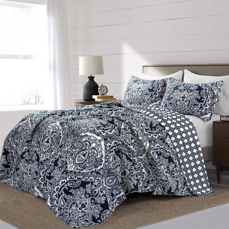 Lush Decor, Navy Aubree Quilt Paisley Damask Print Pattern Reversible 3 Piece Lightweight Bedding Blanket Bedspread Set, Full Queen