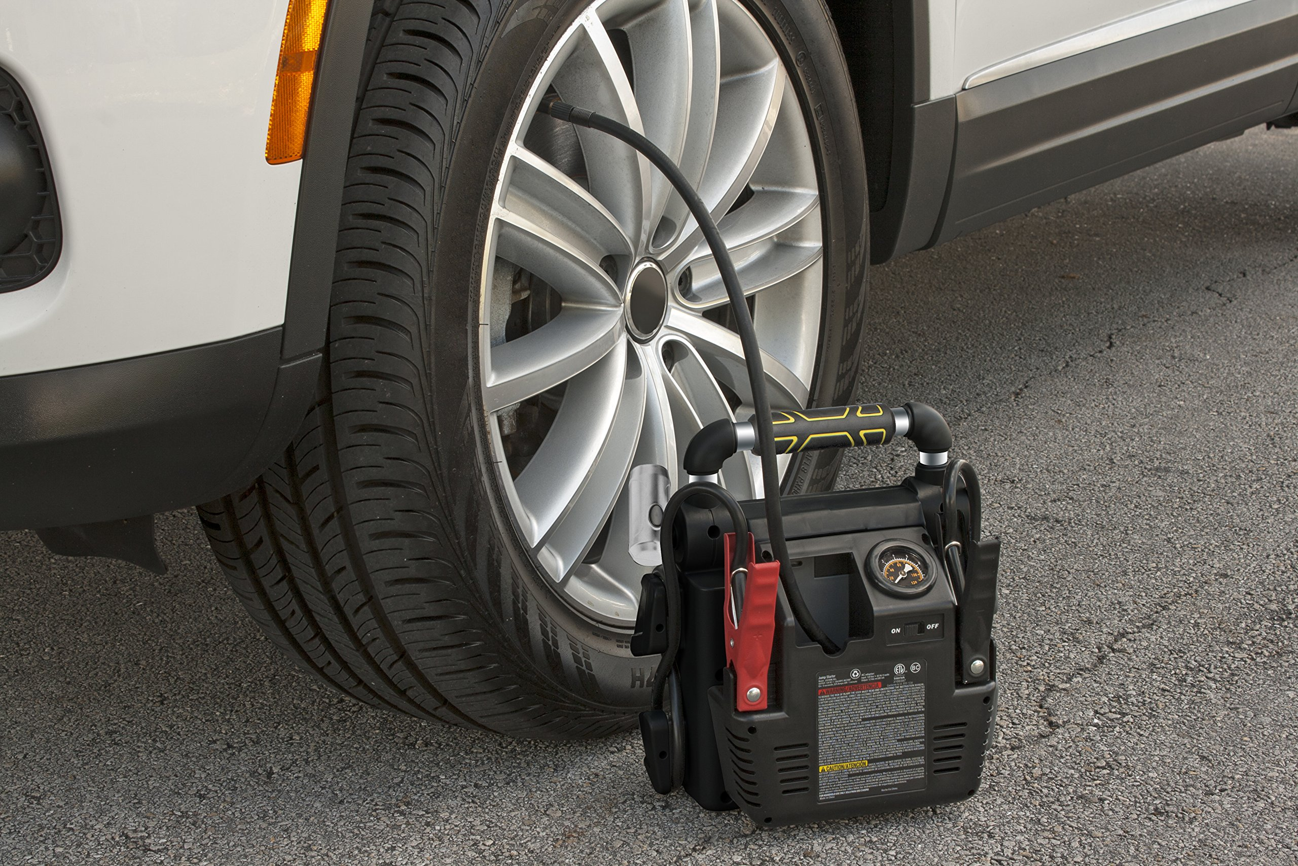 STANLEY J5C09 Power Station Jump Starter: 1000 Peak/500 Instant Amps, 120 PSI Air Compressor, Battery Clamps by STANLEY (Image #3)