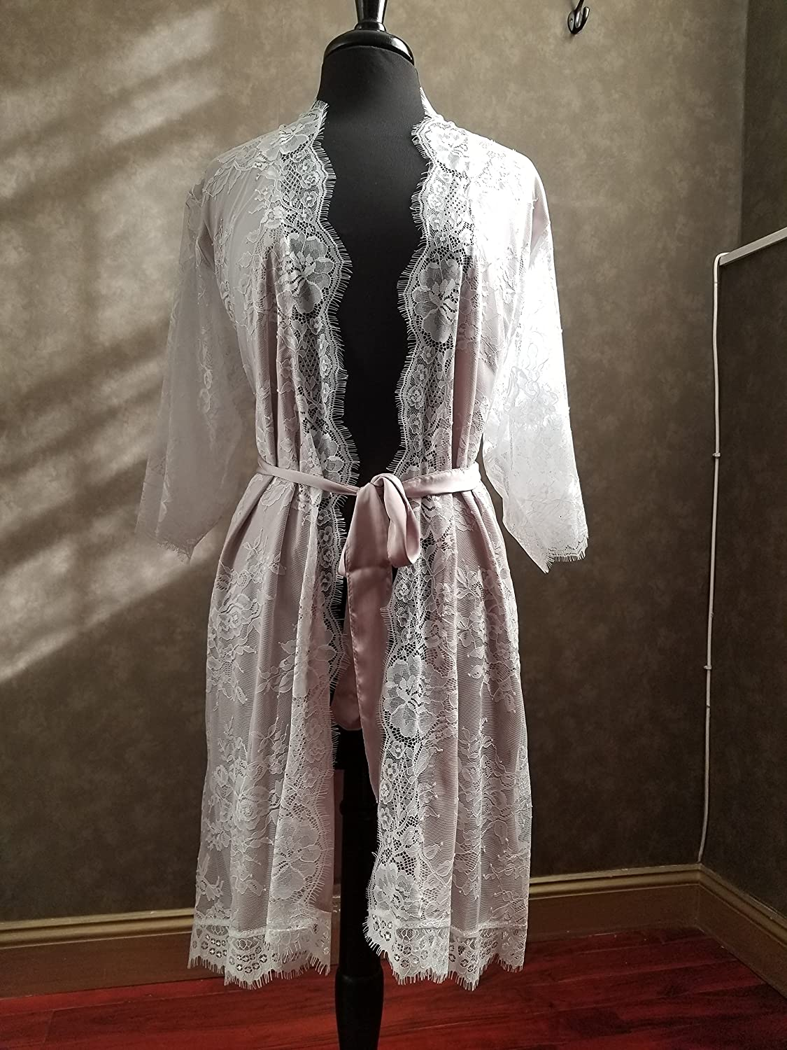 Lined Lace Bridal Robe Getting Ready Robe for Wedding