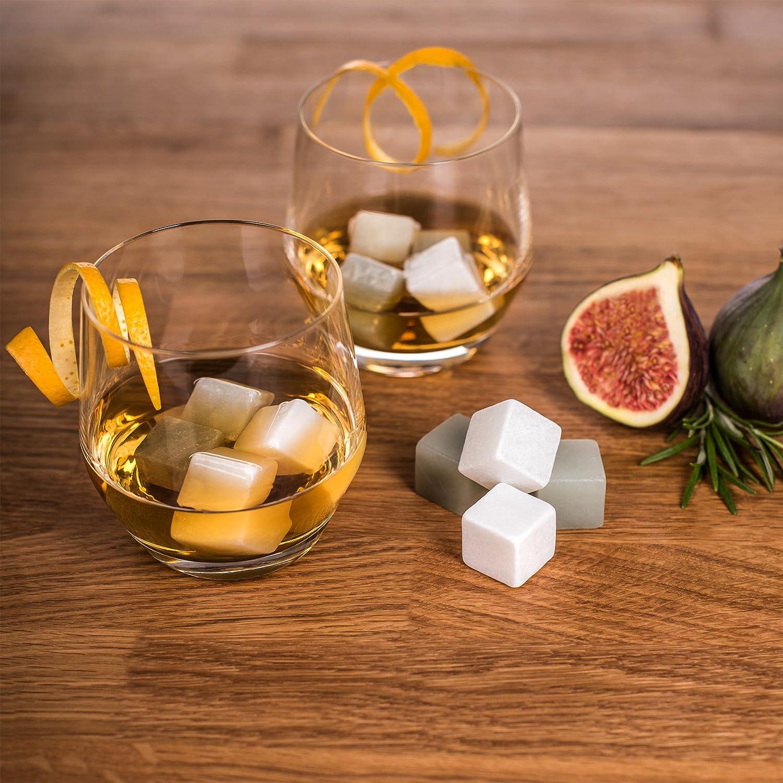De Blumtal - 12 Piedras Para Whisky   Cubitos Refrigerantes De Esteatita Natural Para Enfriar Todo Tipo De Bebidas Sin Agua   Lavar Y Volver A Enfriar ...
