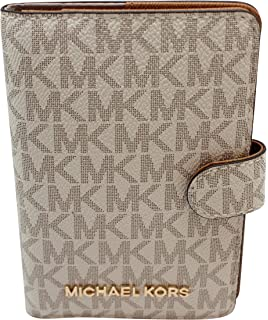 ccaac4d11004 Amazon.com | Michael Kors Jet Set travel Signature PVC Passport Case ...