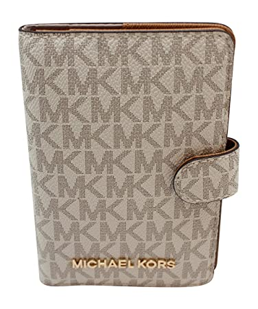 2cd47e19ab58 Amazon.com | Michael Kors Jet Set Travel Passport Case Wallet (Vanilla PVC  2018) | Passport Covers