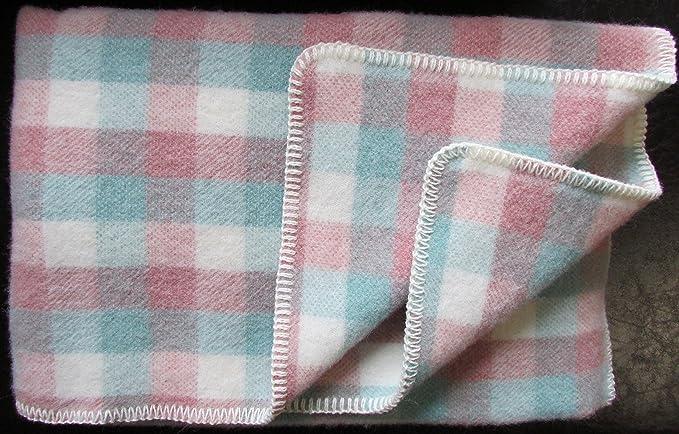 b87361a290f0 Alpenwolle Couverture en Laine Plaid pour canapé 135 x 200 cm  Amazon.fr   Cuisine   Maison