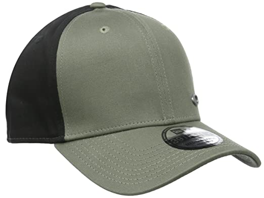 Amazon.com  Oakley Men s Tinfoil Cap  Clothing de86f234be9