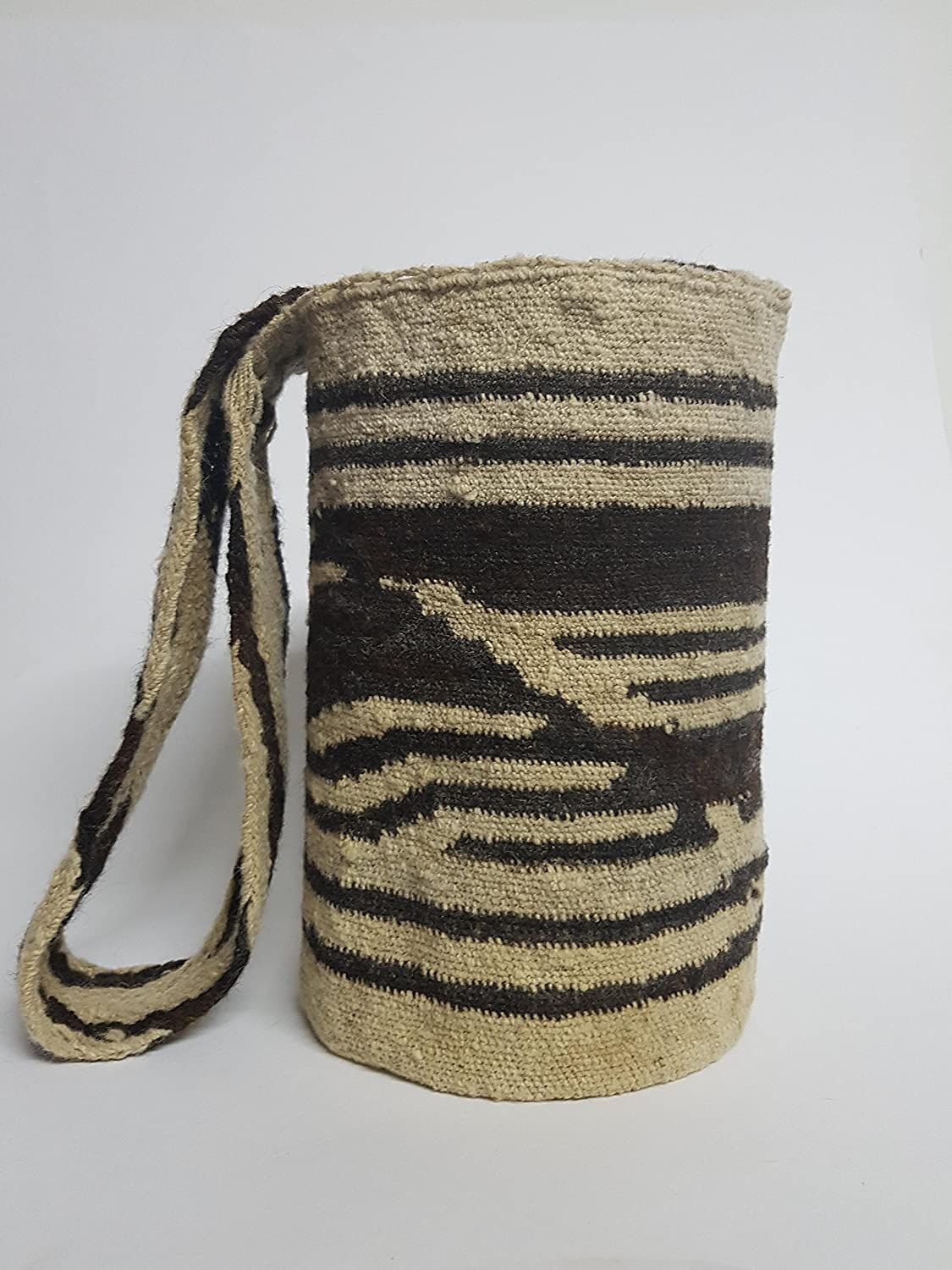 Amazon.com: Real Native Colombian Arhuaco handbag - Colombian mochila - Handmade and woven from sheep wool by women 291: Handmade