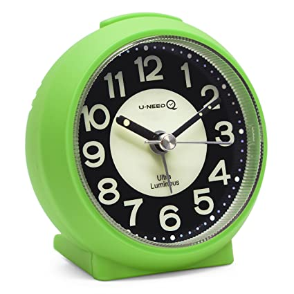 Purple Alarm Clocks,Childrens Alarm Clock,Bedside Alarm Clock,Small Lightweight Travel Quartz Alarm Clock,Silent Non Ticking Analog Alarm Clock with Snooze and Light,Lightweight Analog Quartz Clock