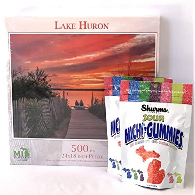 Michigan Gift Set with Scenic Michigan Lake Huron 500 Piece Jigsaw Puzzle, 2 Bags Sour Michi-Gummies Michigan Shaped Candy: Toys & Games