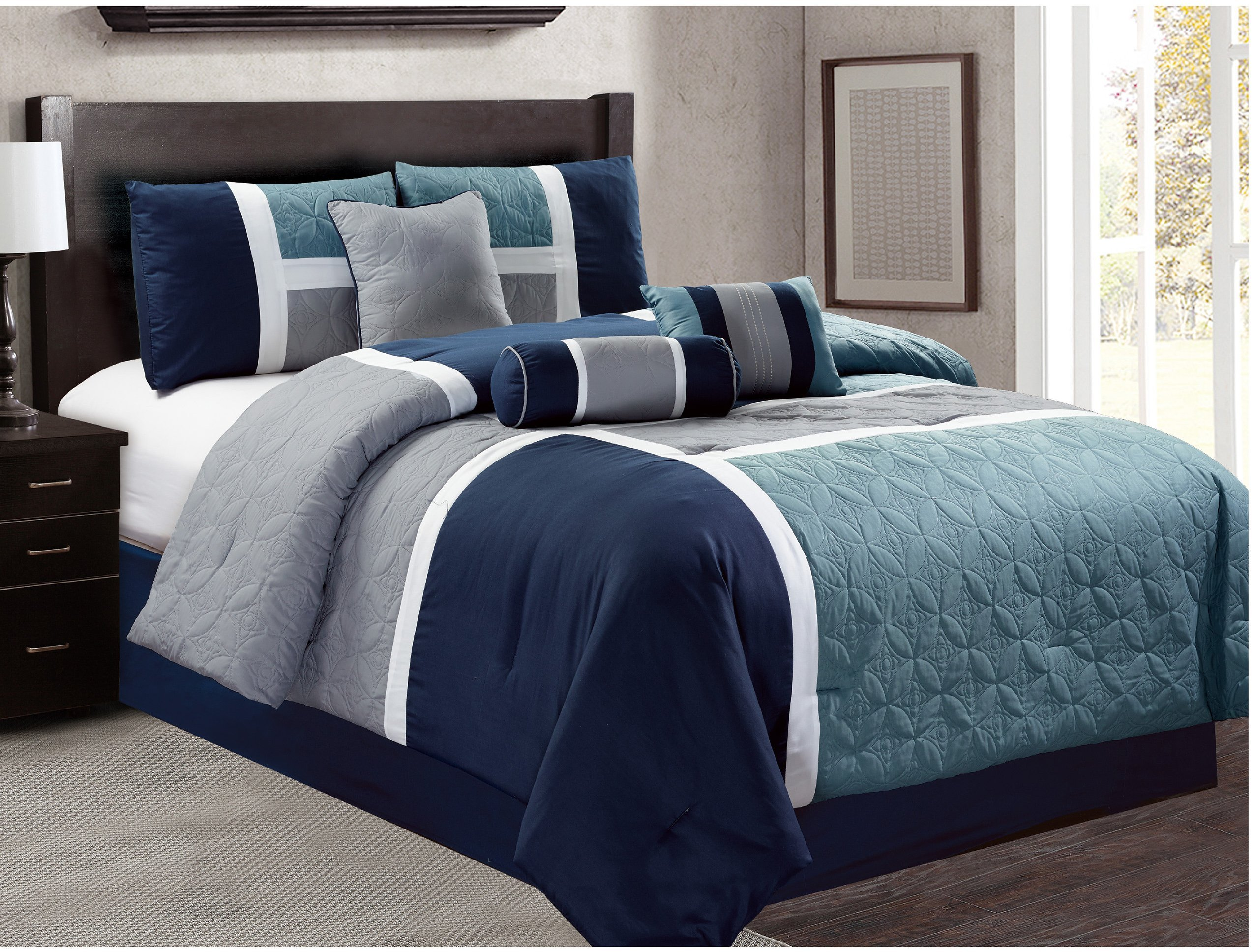 Luxlen 7 Piece Luxury Bed in Bag Comforter Set, Closeout, Queen, Navy