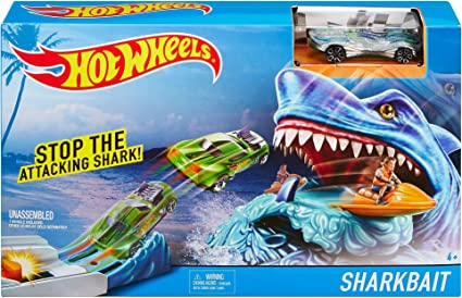 NEW HOT WHEELS TRACK SET WITH CAR TRACK ADD ON SET SHARK BAIT