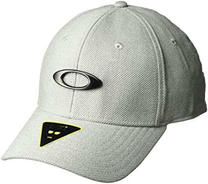 934bc1263 BONE ABA CURVA OAKLEY NOVELTY TIN CAN CAP 911879-2: Amazon.com.br ...