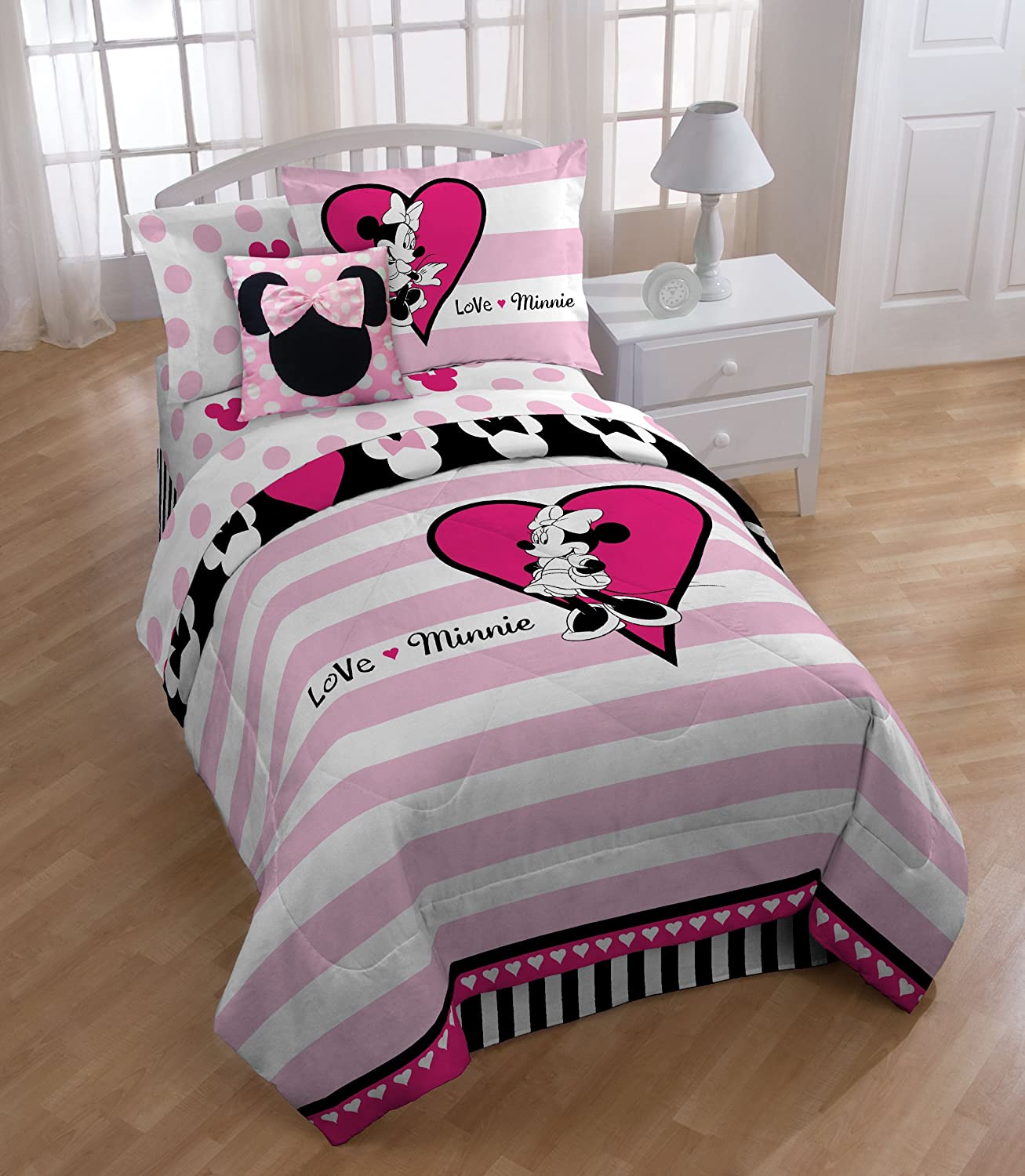 Amazoncom Disney Minnie Mouse Hearts 39 x 75 Twin Sheet Set