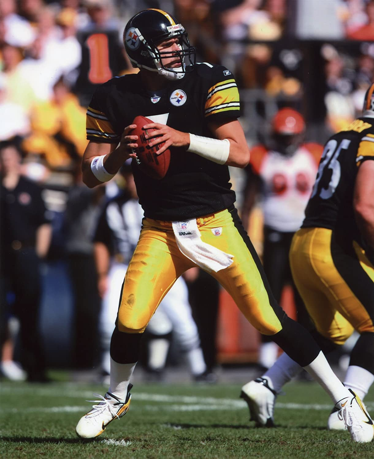 A BEN ROETHLISBERGER PITTSBURGH STEELERS 8X10 SPORTS ACTION PHOTO