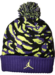 67884e7c81b Amazon.com  Nike Jordan Jumpman Cable Pom Beanie Hat (8 20