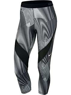 a2ae71660d3 Amazon.com: Nike Pro Women's Printed Capri: Clothing