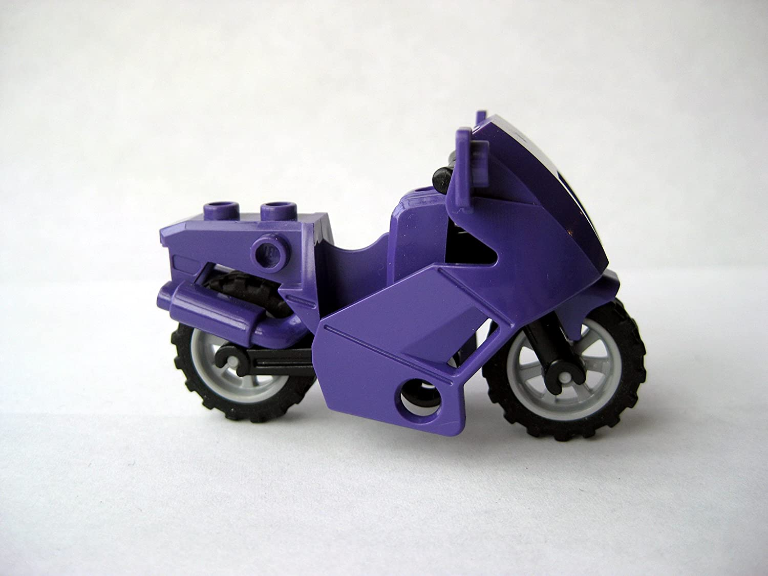 LEGO Purple Motorcycle for Minifigures - Catwoman Style