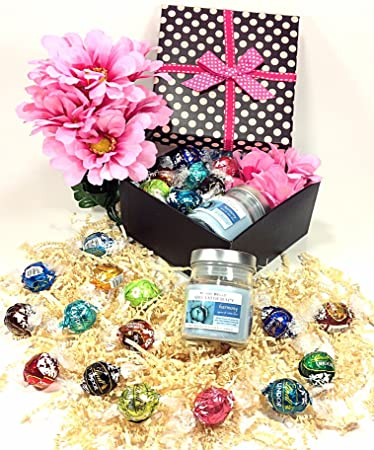 Amazon Com Polka Dot Mothers Day Gift Box Lindt Lindor Gourmet