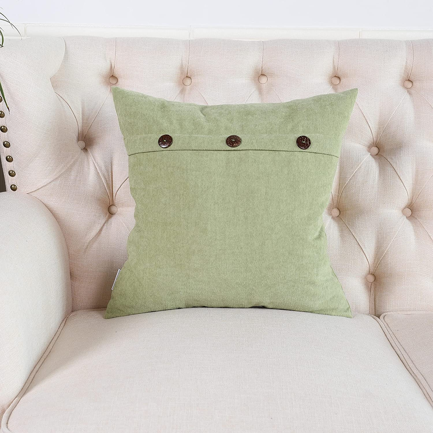 SUNSHINE FASHION Set of 1 Decorative Chenille Throw Pillow Covers Cushion Case Triple Button Vintage Farmhouse Pillowcase for Couch Sofa Bed (Apple Green, 18''X18'')