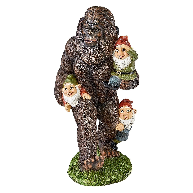 Bigfoot lawn ornament - Amazon Com Design Toscano Schlepping The Garden Gnomes Bigfoot Statue Full Color Patio Lawn Garden