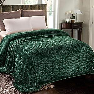Whale Flotilla Flannel Fleece King Size(90x104 Inch) Lightweight Bed Blanket, Soft Velvet Bedspread Plush Fluffy Coverlet Palm Leaves Design Decorative Blanket for All Seasons, Dark Green
